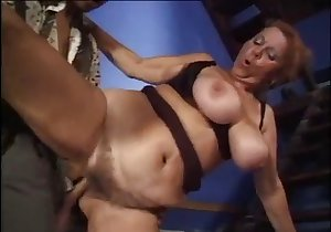 Stacked seductress wants to get fucked like a slut